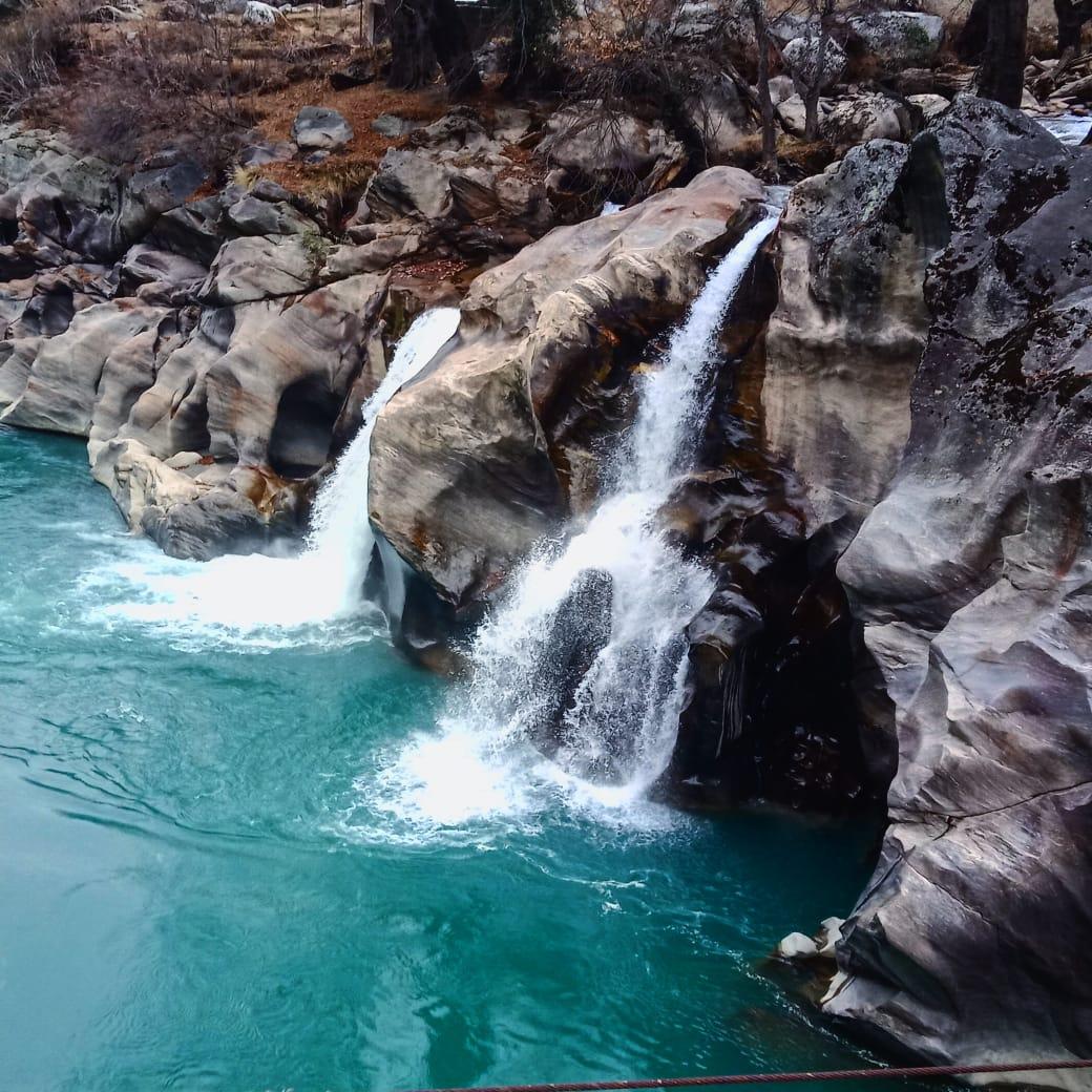 Shandheeri Waterfall, Sohal Paddar